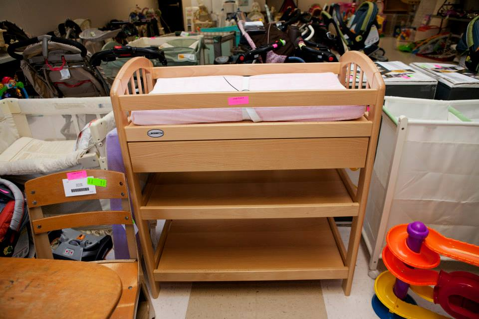 changing table & misc large items